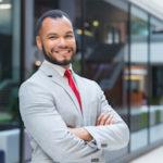 portrait professionnel photo CV homme souriant