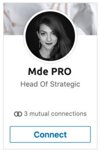 photo profil linkedin femme noir et blanc